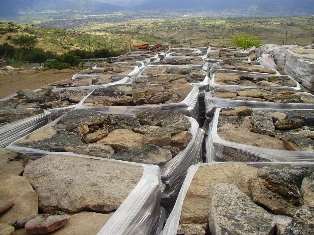 Piedra paletizada. Materiales de construcción Hermanos de la Fuente